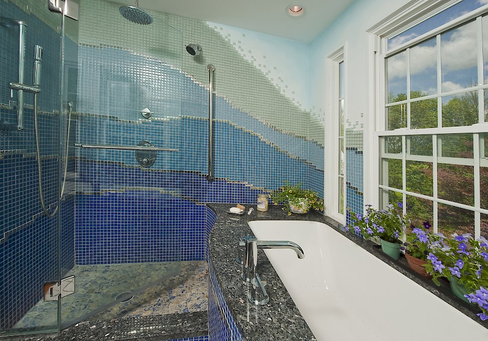 Angled view of the shower wall.