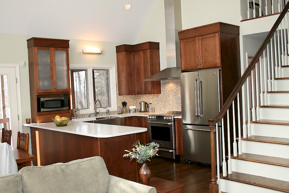 A Medallion Silverline kitchen with the Lancaster door style.