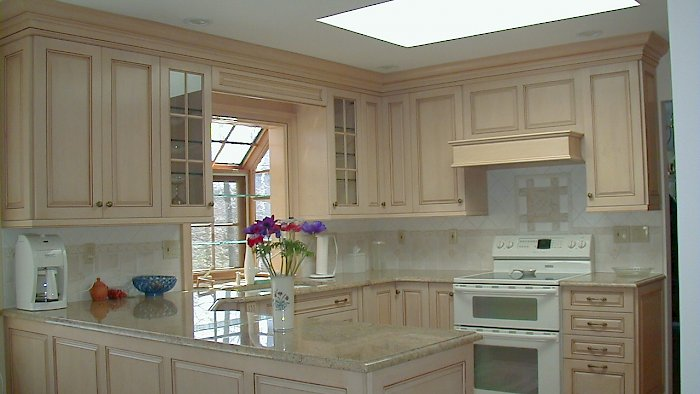 Wood-Mode kitchen with Brandywine raised door style.