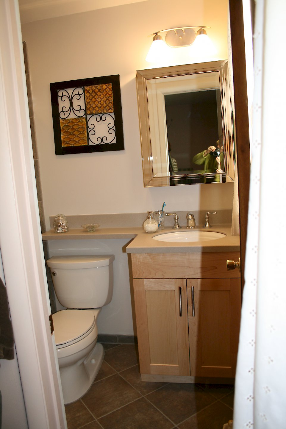 Room In Tight Spaces Categorized Under Transitional